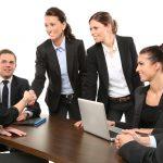 弁護士や税理士など、士業を英語で何という??